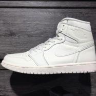 . AIR JORDAN 1 RETRO HIGH OG 555088-114 ¥16,000+tax #abcmart #nike #nikeairjordan #airjordan1 #sneakers #sneaker4life #sneakerhead #sneakerfiend #sneakernews #sneakerwars #shoeporn #smyfh #solecollector #kotd #kicks #kicks0l0gy #kicksonfire #kickstagram #nicekicks #instakicks #igsneakercommunity #rare_footage #wdywt #walklikeus #peepmysneaks #abcマート #スニーカー #ナイキ #エアジョーダン1